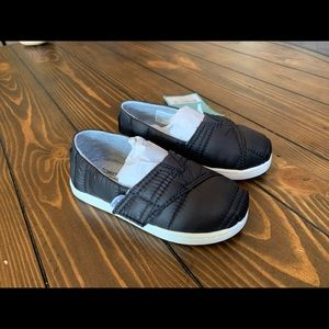 NWT TOMS Black Quilted Tiny Classic